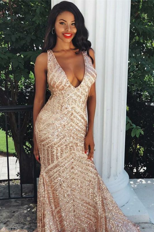Mermaid Sexy Straps Sleeveless V-Neck Sequins Prom Dresses