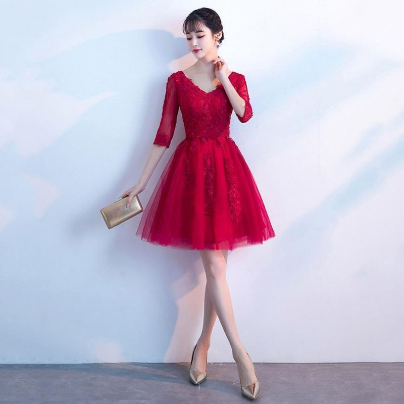A-line V-neck Half Sleeves Tulle Appliques Homecoming Dresses