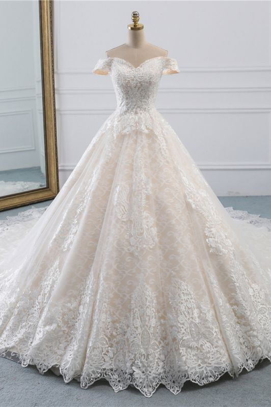 Luxury Ball Gown Off-the-Shoulder Lace Wedding Dress Sweetheart