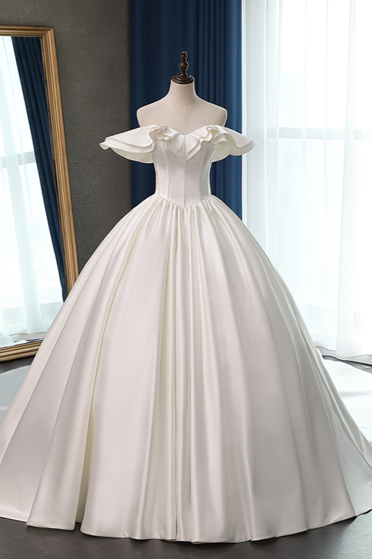 Ruffles Sleeveless Strapless Sweetheart Bridal Gowns On Sale