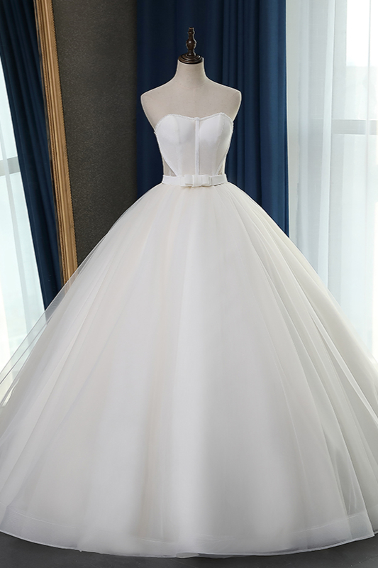 Sleeveless White Tulle Strapless Sweetheart Bridal Gowns On Sale