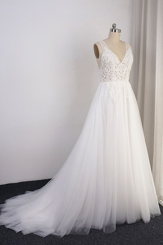 A-Line Lace V-neck Tulle White Wedding Dresses