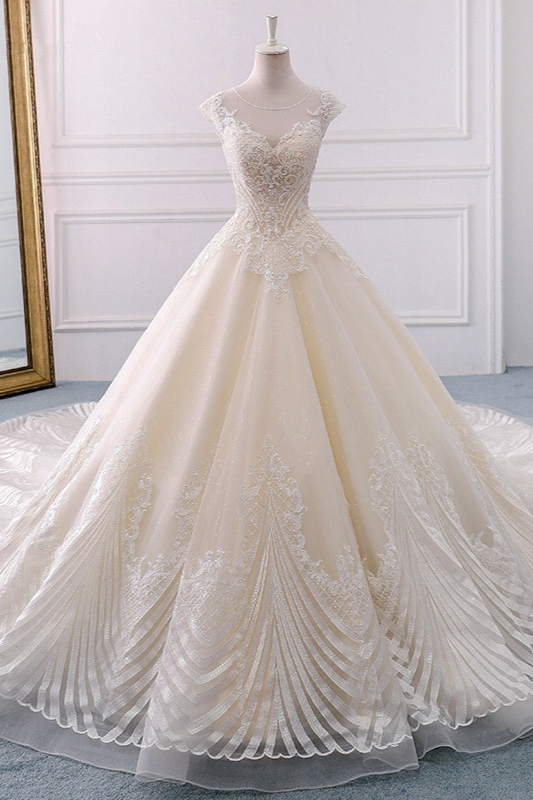 Jewel Lace Appliques Sleeveless Beadings Wedding Dresses