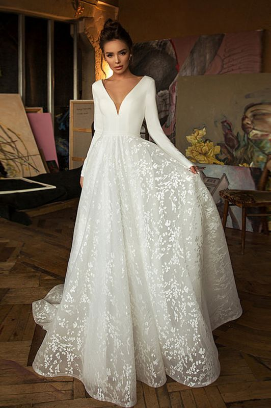Glamorous Long Sleeve V-Neck Wedding Dress With Lace Appliques