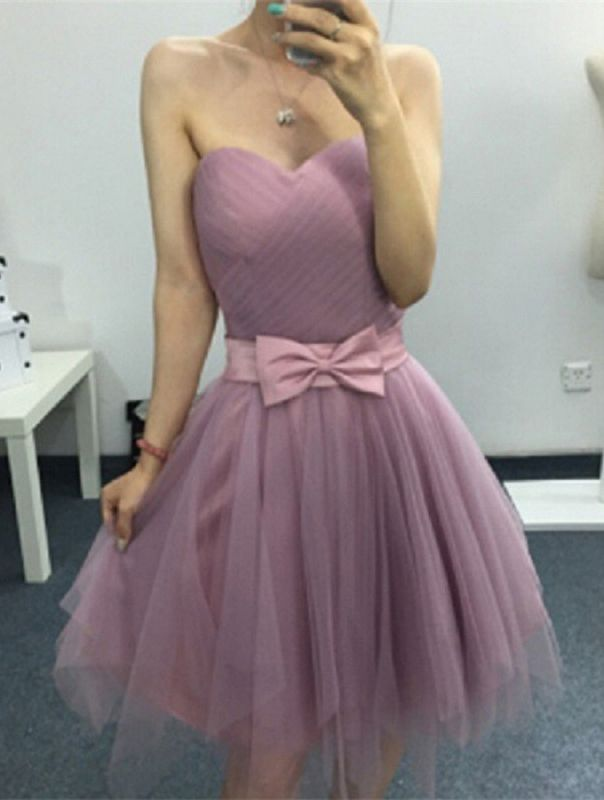 A-line Sweetheart Short Bow Homecoming Dresses