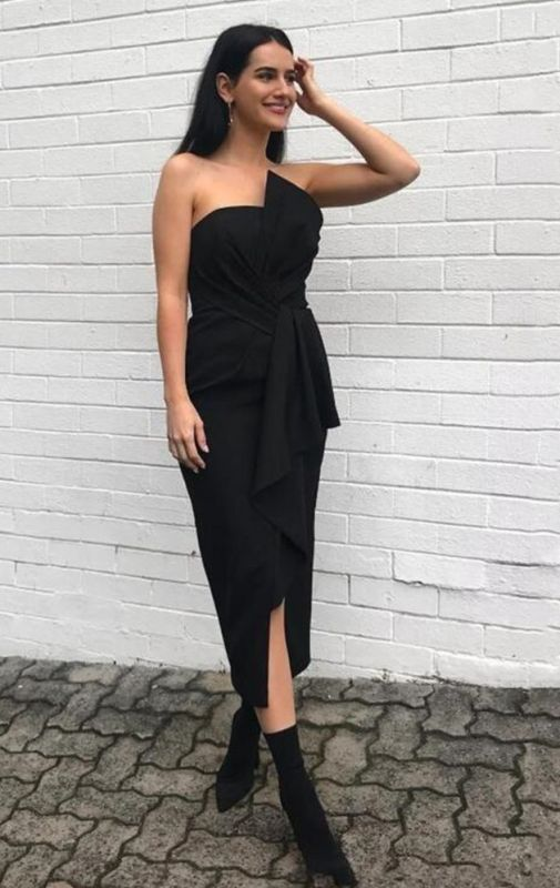 Sexy Short Black Strapless Bridesmaid Dresses With Bow On Sale