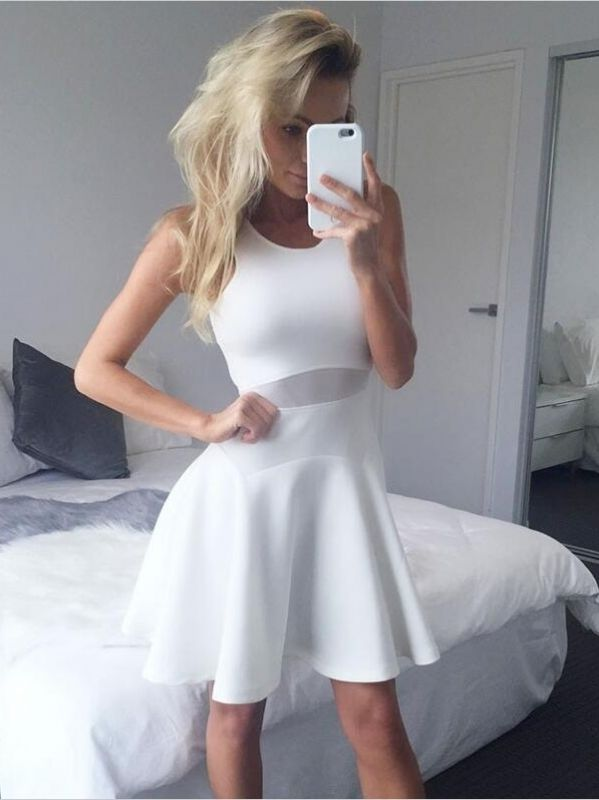 A Line White Scoop Sleeveless Short Homecoming Dresses