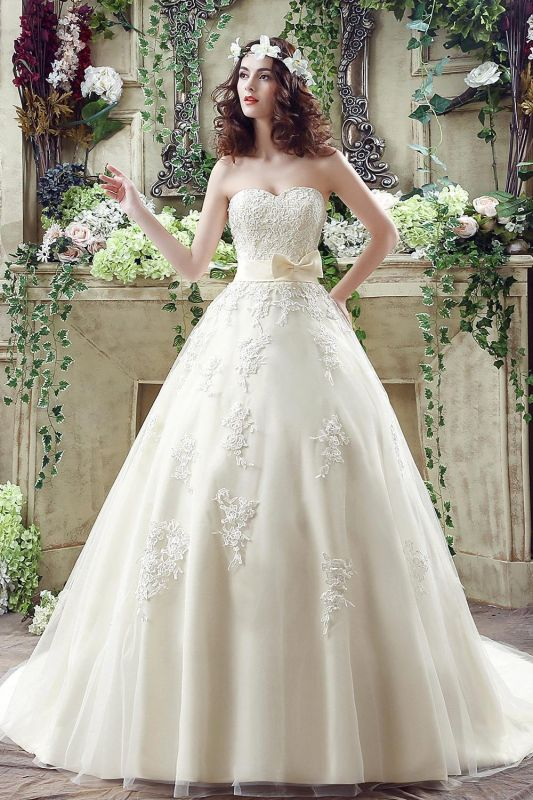 Cheap A Line Champagne Lace Sweetheart Strapless Bridal Gowns