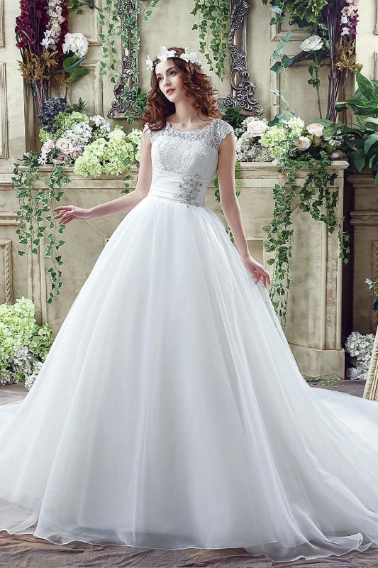 Cheap A Line Beaded Sleeveless Lace Wedding Gowns with Button