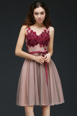Princess V-neck Knee-length Tulle Homecoming Dress with a Self-tie Belt_5