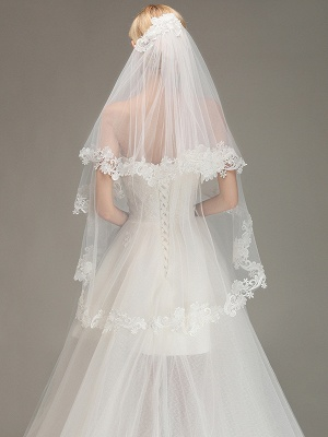 Lace Edge Wedding Veil with Comb Two Layers Tulle Bridal Veil_2