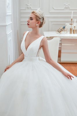 Sexy Tulle V Neck Ball Gown Wedding Dresses Sleeveless Lace Up_8