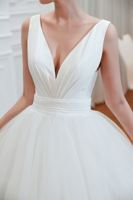Sexy Tulle V Neck Ball Gown Wedding Dresses Sleeveless Lace Up_5