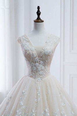 Tulle Lace Appliques V-Neck Pearls Sleeveless Wedding Dresses_4