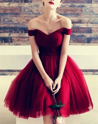 Short A-line Off-the-shoulder Red Homecoming Dresses_1