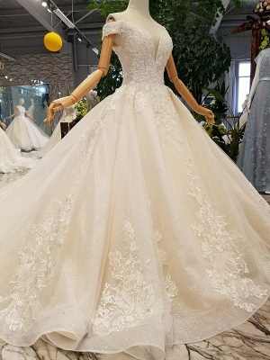 A-line Tulle Ruffles White Wedding Dresses Off-the-shoulder_2