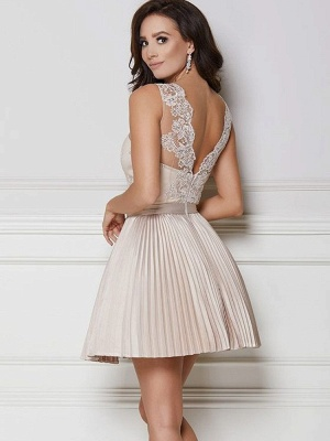 A-line Short Lace Ruffled Homecoming Dresses_2