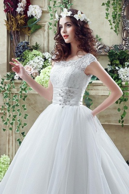 Cheap A Line Beaded Sleeveless Lace Wedding Gowns with Button_6